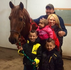 Marks family with their Christmas horse