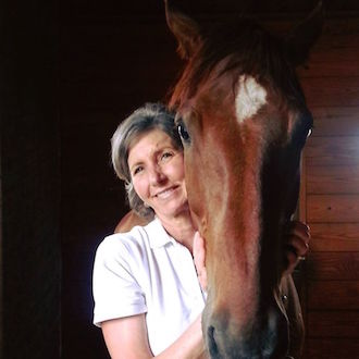 Lael Cook provides therapeutic and preventive Massage Therapy to Chrislar horses